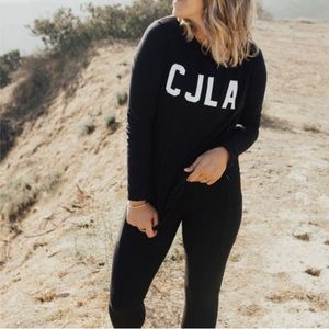 EUC Carly Jean Los Angeles Sweatshirt Sweater